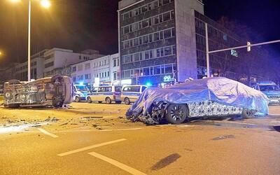 Vodič nového BMW radu 7 spôsobil nehodu a potvrdil, že auto sprevádza nevídaná smola