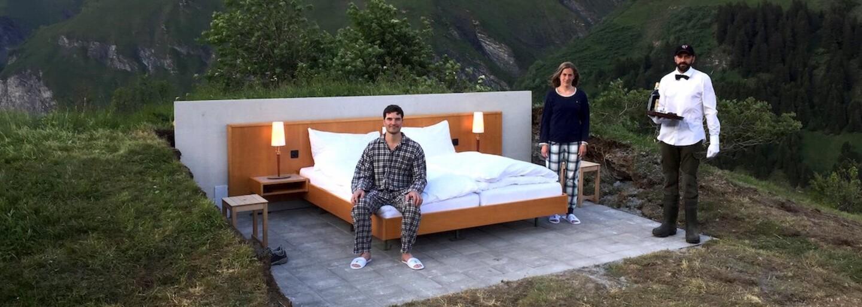 Nic než krásná příroda kolem tebe. Hotelový pokoj uprostřed Alp nemá stěny ani střechu a nachází se ve výšce 2 kilometrů