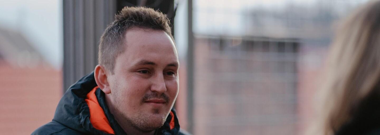 """""""Jsou to dva roky, ale já mám pocit, že uběhl tak týden,"""" říká Jozef Kuciak, bratr zavražděného novináře Jána Kuciaka (Rozhovor)"""