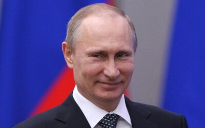 Voľby má vo vačku Jednotné Rusko, naznačujú prieskumy. Došlo vraj k masovému vhadzovaniu volebných lístkov