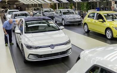 Volkswagen plánuje spustit výrobu v Německu, Hyundai už v Česku vyrábět začal