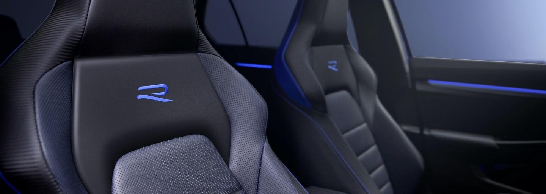 Volkswagen ukázal nejzábavnější Golf v historii. Má 320 koní a speciální čtyřkolku s režimem Drift