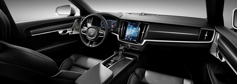Volvo opticky priostruje svoje luxusné vlajkové lode S90 a V90 paketmi R-Design