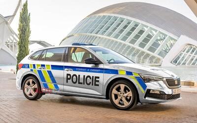 Vozový park českej polície sa rozrastie o vyše 1 200 nových modelov Škoda Scala
