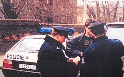 Vražda pražského taxi-bosse je dodnes nevyjasněná. V 90. letech bral výpalné a shromažďoval informace na podsvětí i politiky