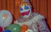 Vraždiaci klaun Gacy: Nový dokument ukáže desivé interview sériového vraha, ktorý zabil desiatky mladých chlapcov