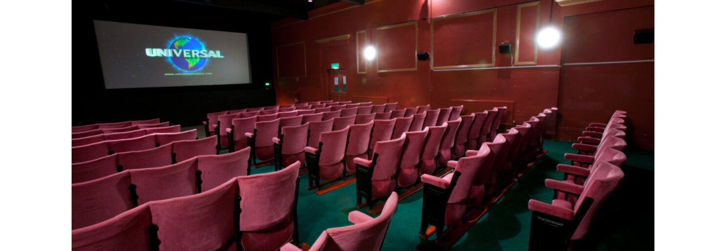 Vraždy, přestřelky a divoké rvačky v kinosálech, které stály život desítky lidí