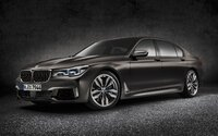 Vrcholná limuzína od BMW oficiálně odhalena. M760Li má V12 z Rolls-Royce a 600 koní!