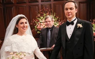 Vtipný trailer odhaľuje poslednú sériu Teórie veľkého tresku. Ako sa darí Sheldonovi a Amy v manželskom zväzku?