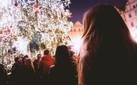Vůně svařáku, skořice a cukroví: pražské vánoční trhy patří k evropské špičce. Kam dál se vydat za nejkrásnější sváteční atmosférou?