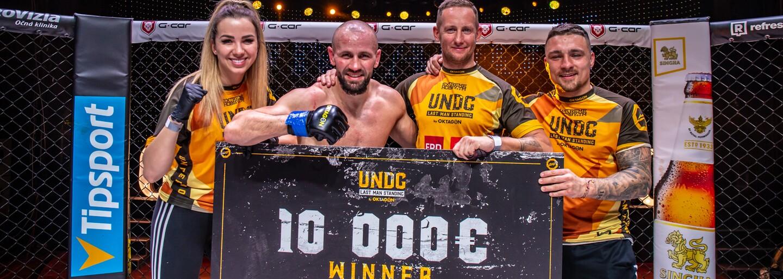 Vyhrál 10 000 eur i s vykloubeným palcem: Šel bych i přes mrtvoly, říká šampion Oktagonu Underground Milan Paleš (Rozhovor)