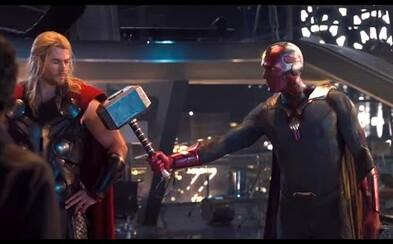 Vymazaná scéna z Age of Ultron ukazuje súboj Avengerov s Visionom