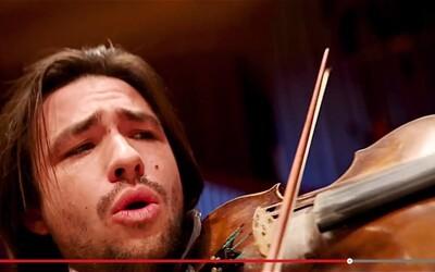 Vypočuj si orchester pod vplyvom pálivých papričiek