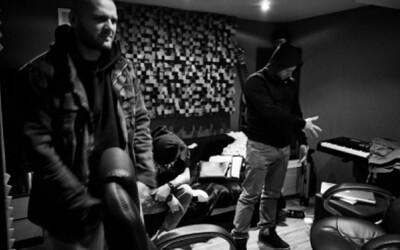 Vypočuj si prvú spoluprácu Kontrafaktu a DJa Premiera