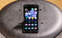 Vyskúšali sme skladací Samsung Galaxy Z Flip za 1 480 eur. Je to budúcnosť alebo krok poriadne vedľa? (Recenzia)