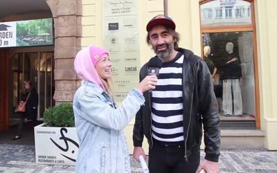 Vyšli jsme do ulic Prahy, abychom se kolemjdoucích zeptali, jak sbalili svého partnera