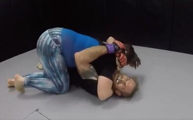 Vysmál se ženám v MMA, že by porazil každou z nich. Namísto toho dostal nakládačku od profesionálky, na kterou jen tak nezapomene