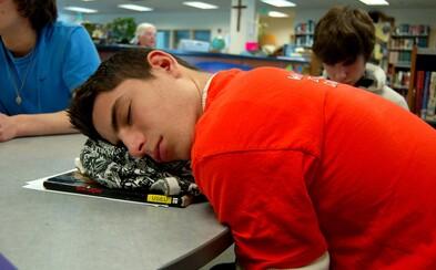 Vyučovanie v školách pred 8. hodinou rannou bude v Kalifornii zakázané