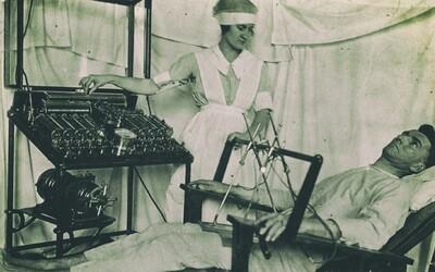 Vývoj v medicíne zachytený naprieč tisíckami rokov. Od bizarných liečiteľských metód až po klonovanie