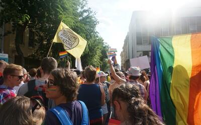 Vyzpovídali jsme lidi, kteří rodině oznámili, že patří do LGBT+ komunity. Nelitují, své rozhodnutí by dnes nezměnili
