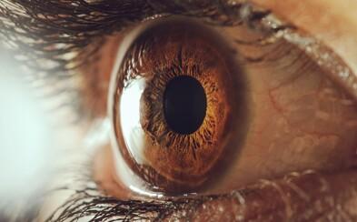 Vzájomné pozeranie do očí po dobu 10 minút dokáže spôsobiť halucinácie a vytrhnutie z reality