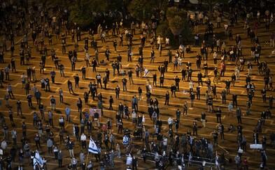 Vzorně protestující Izraelci se v tisících vydali na náměstí navzdory pandemii koronaviru. Odmítají korupci