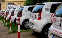 Webové stránky podporující carsharing v Praze jsou na světě. Vyberte si jednoduše auto nově i z modrých a fialových zón stání