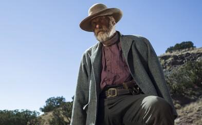 Westernový seriál Godless z dielne Netflixu nás v debutovom teaser traileri zaujal najmä drsným prostredím divokého západu