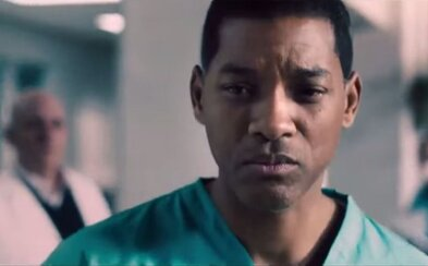 Will Smith sa ako lekár postaví proti korporáciám, ktoré z NFL robia biznis, nehľadiac pritom na zdravie športovcov