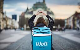 Wolt znižuje ceny za doručenie o štvrtinu a predstavuje balíček podpory reštauráciám