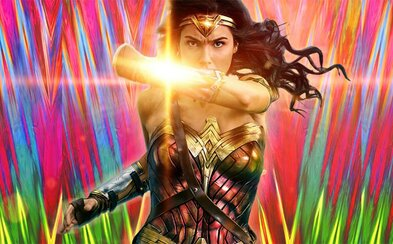 Wonder Woman 1984 dorazí do kín v rovnaký deň ako na HBO Max. V USA si diváci budú môcť rezervovať celé kino sály