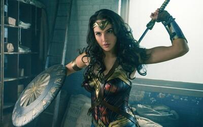 Wonder Woman kraľuje tržbám a Piráti Karibiku majú na konte pol miliardy (Box Office)