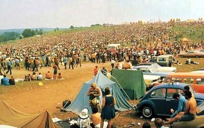 Woodstock 50 za 30 milionů dolarů zrušili měsíc před datem konání. Očekávalo se, že dorazí 100 tisíc lidí