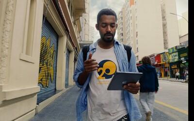 Yemi si zahrál hlavní roli v reklamě na iPad