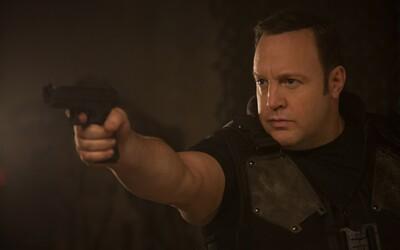 Z Kevina Jamesa sa v komédii od Netflixu omylom stáva nájomný zabijak