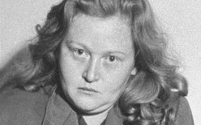 Z kože väzňov mala vyrábať tienidlá na lampy. Život promiskuitnej dozorkyne bol plný sexu a tyranie