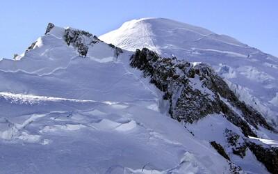 Z ledovce na Mont Blancu kvůli globálnímu oteplování může spadnout 250 tisíc metrů krychlových ledu