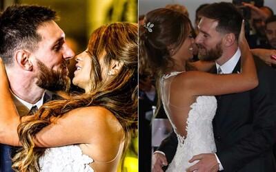 Z Lionela Messiho se stal šťastný manžel. Oženil se s krásnou Antonellou Roccuzzo, kterou zná od svých pěti let