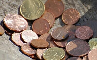 Z našich peňaženiek zmiznú jedno aj dvojcentovky. Slovenské inštitúcie so zmenou predbežne súhlasia
