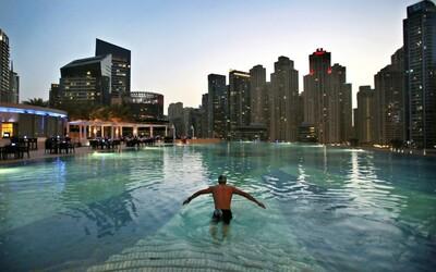 Z pouště na metropoli za 15 let. Dubaj se stala arabským Manhattanem a zpomalovat se nechystá