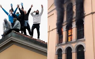 Z talianskeho väzenia ušli väzni a podpálili ho, úrady hlásia 6 mŕtvych. Dôvodom má byť to, že im pozastavili návštevy