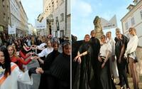 Z ulíc Bratislavy sa vďaka pochodu Fashion Marš stalo najdlhšie prehliadkové mólo