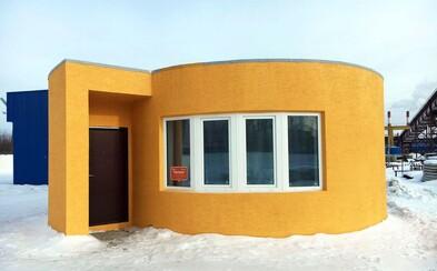 Za 24 hodin postavili díky 3D tiskárně celý dům. Náklady byly nižší než 300 tisíc korun a interiér nevypadá vůbec špatně