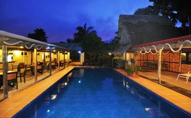Za 30 eur vyhral v internetovej tombole dovolenkový rezort na exotickom ostrove v Mikronézii. Jeho majitelia ho nechceli predať milionárovi