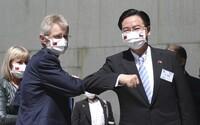Za českou cestou na Tchaj-wan stojí Francie i Slovensko. Takové výhrůžky nemůžeme akceptovat, řekla Čaputová
