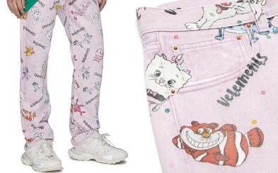 Za jeansy, ktoré vyzerajú ako detské pyžamko si pýta značka Vetements 900 €