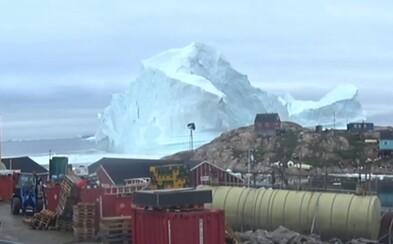 Za grónskou vesničkou se zjevil ledovec velký jako polovina Manhattanu. Místní se obávali tsunami