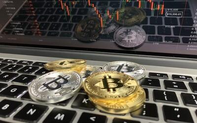 Za prvý týždeň roka Slováci nakúpili Bitcoin za viac ako 1 milión eur. Vzápätí sa cena náhle prepadla