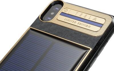 """Za vylepšený iPhone X """"Tesla"""" chce ruská firma téměř 100 tisíc korun. Disponuje i samostatně nabíjecím solárním panelem"""