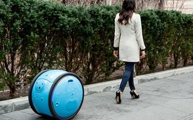 Zapomeň na batohy nebo kufry. Šikovný robot Gita se o tvé věci postará a ještě tě bude i následovat